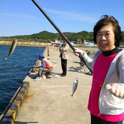 マグ女とアジ釣り
